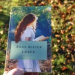 """""""Anne bliver lærer"""" af L.M. Montgomery"""
