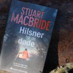 """""""Hilsner fra de døde"""" af Stuart MacBride"""